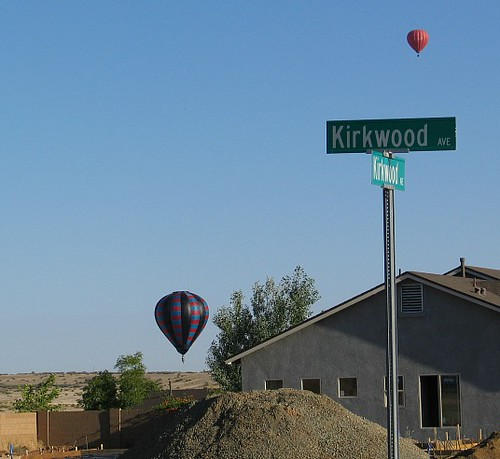 balloons near house