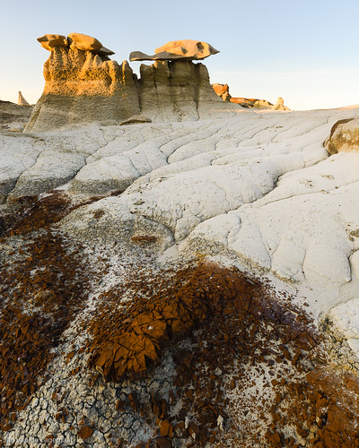 sunset usa sun newmexico southwest landscape unitedstates desert northamerica farmington hoodoos bistibadlands southwestdesert