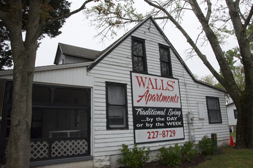Walls' Apartments and Cottages Rehoboth Beach DE Retro Roadmap