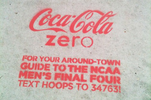 coca-cola-spraypaints-historic-nola-neighborhoods-during-final-four-1-537x354.jpg