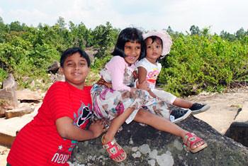 Rijul, Ruhani & Rianna at Paanch Garg