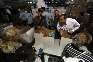 Passover Food Box Distribution in Lod 2012