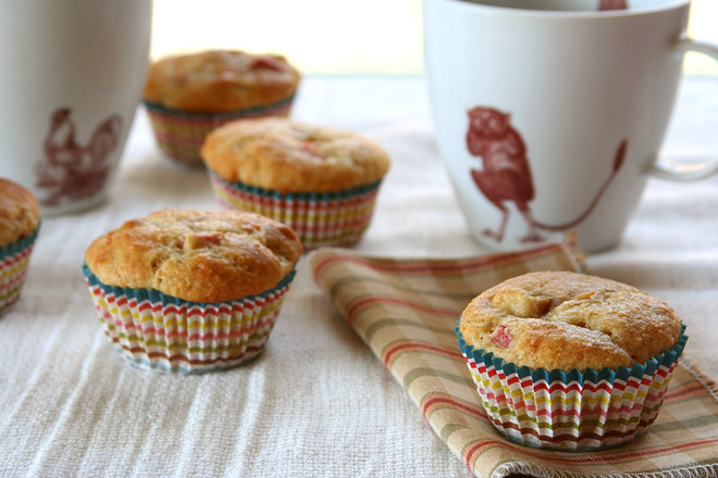 rhubarb muffins 5