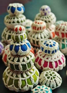I will make pincushions from these little beauties!!