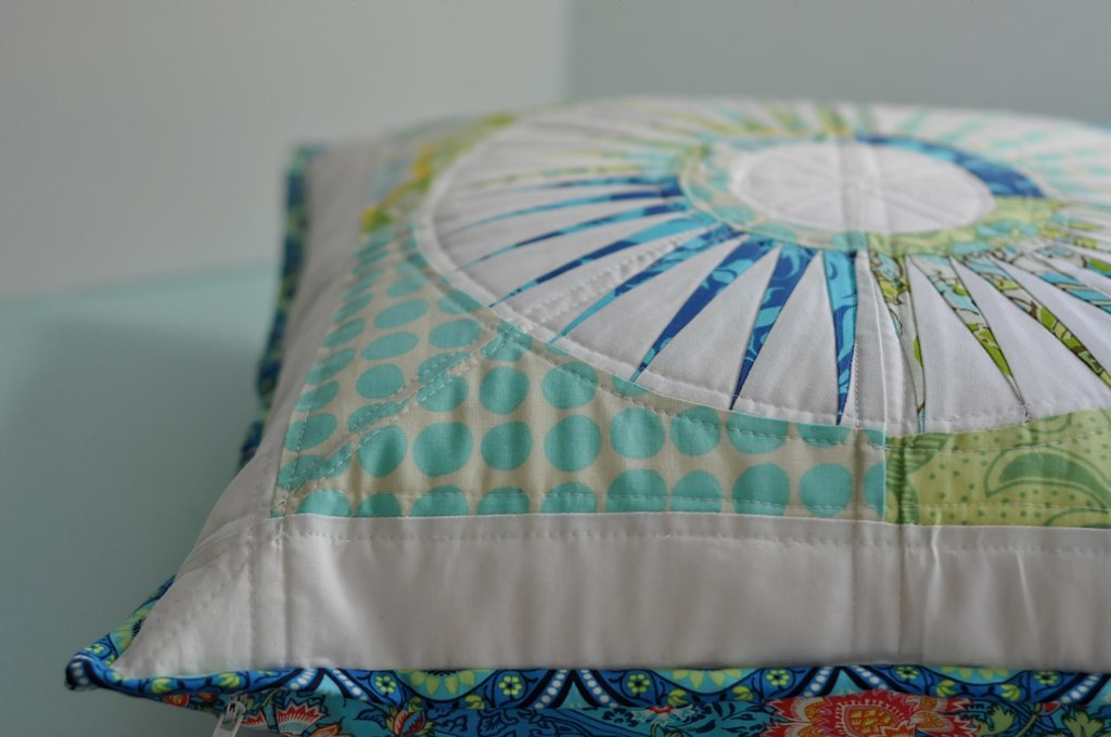 New York Beauty Pillow - quilting