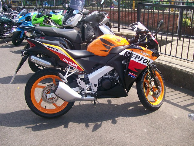 honda cbr 125 repsol flickr photo sharing. Black Bedroom Furniture Sets. Home Design Ideas