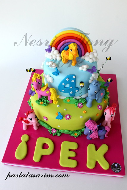 LITTLE PONYS CAKE