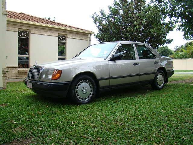 1989 mercedes benz 230e w124 flickr photo sharing for Mercedes benz 230e