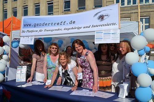Gendertreff beim CSD Düsseldorf 2012 002