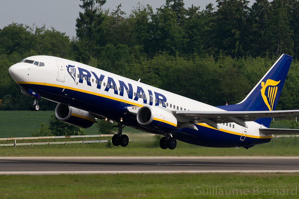 EI-EST - B738 - Ryanair