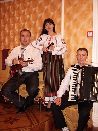 Светлана Долгова и группа REAL LIVE > Фото из галереи `О компании`