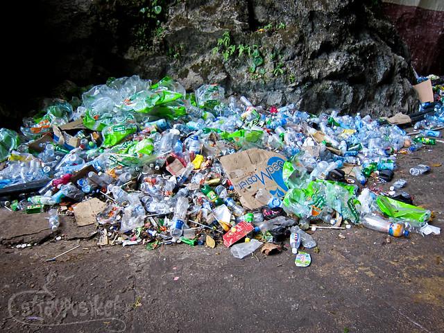 Garbage at Batu Caves