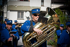 sousaphone(0.0), trumpet(0.0), musician(1.0), tuba(1.0), musical ensemble(1.0), musical instrument(1.0), music(1.0), brass instrument(1.0), social group(1.0),