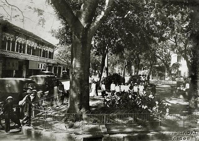 Saigon vers 1930 - Square de la gare de Gia Dinh