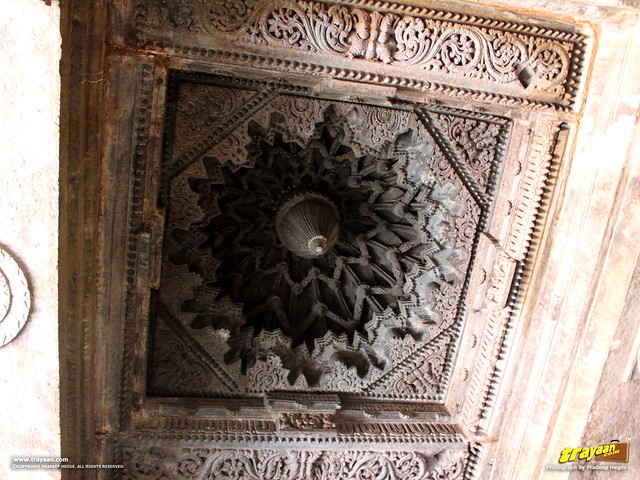 Intricate ceiling carvings and design inside Keshava Temple, Somanathapura, Mysore district, Karnataka, India