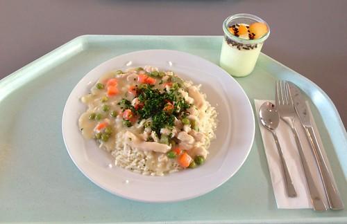 Putengeschnetzeltes mit Erbsen, Spargel & Reis / Turkey chop with peas, asparagus & rice