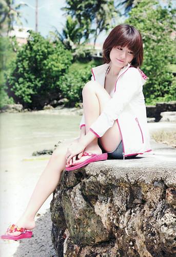 120324(3) - 女性聲優「竹達彩奈」的寫真集處女書《AYANA》泳裝其實是她自己的私有服! (3/5)