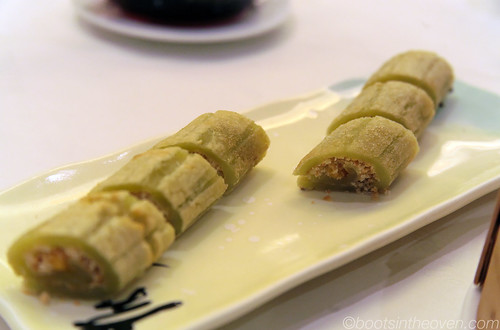 Sweet Sticky Rice Roll with Peanuts, in the shape of sugarcane