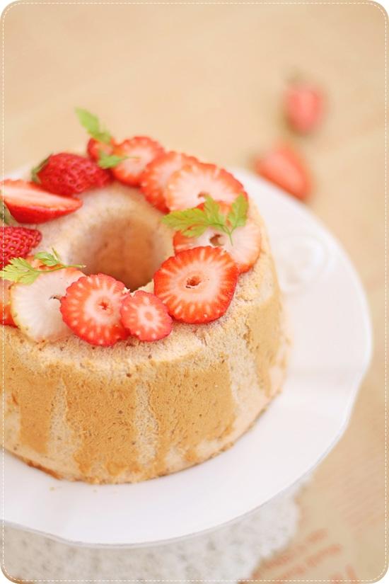 Strawberry Chiffon イチゴシフォンケーキ