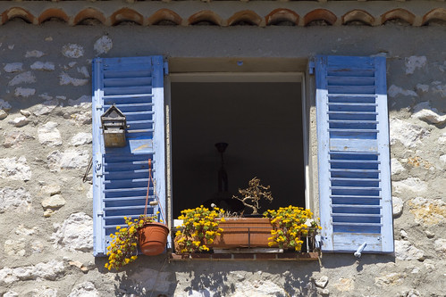 Gourdon, The Blue Window