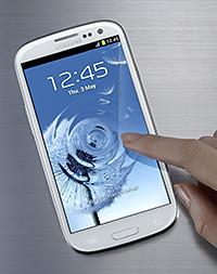 Samsung GALAXY S III has a 4.8-inch HD Super AMOLED display, an 8-megapixel main camera and 1.9-megapixel front camera, and is powered by Android 4.0, Ice Cream Sandwich.