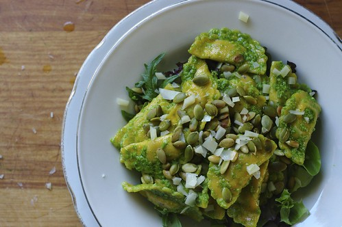 Ravioli Salad with Cilantro Pesto and Pumpkin Seeds