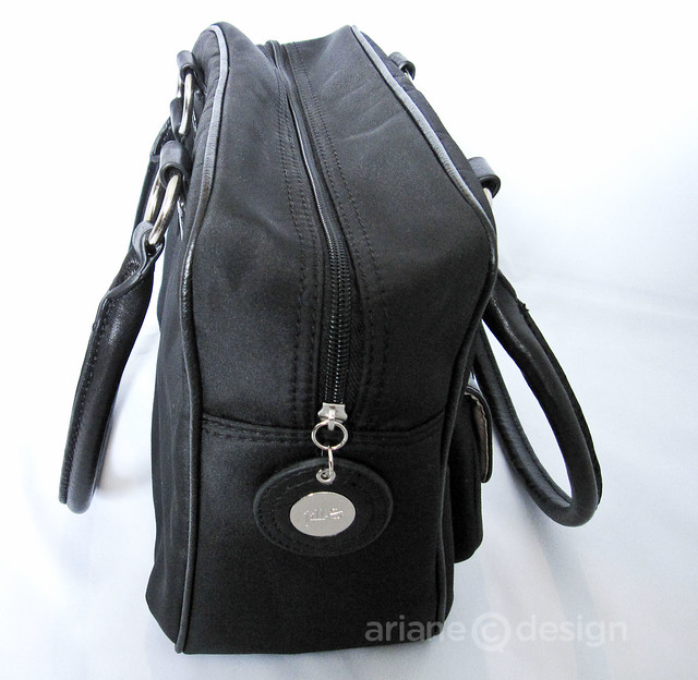 Jill-e Everywear Gadget Bag-1