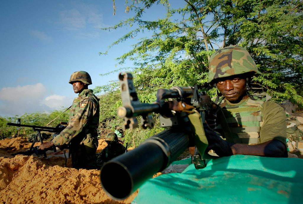 Armée Ougandaise/Uganda Peoples Defence Force (UPDF) - Page 2 7144044477_62d98fef34_b