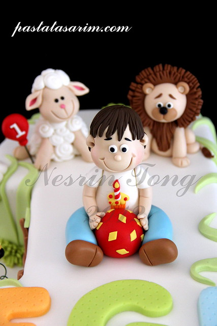 LITTLE ANIMALS 1ST BIRTHDAY  CAKE - EGE