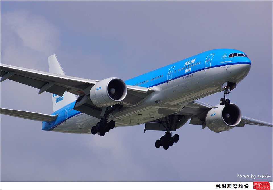 荷蘭亞洲航空PH-BQK客機