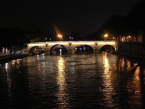pont de Paris la nuit.jpg