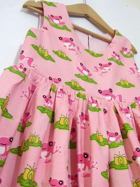 pink frog dress detail