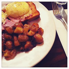 Eggs benedict with Lyonnaise potatoes