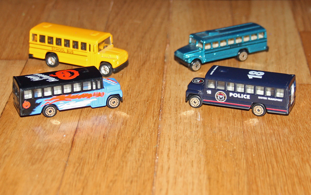 China - Miscellaneous School Buses | Normally no-name imitat