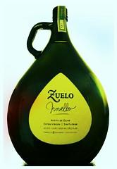 Se presentó el aceite de oliva Zuelo Novello 2012