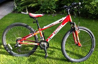 Child's bike found