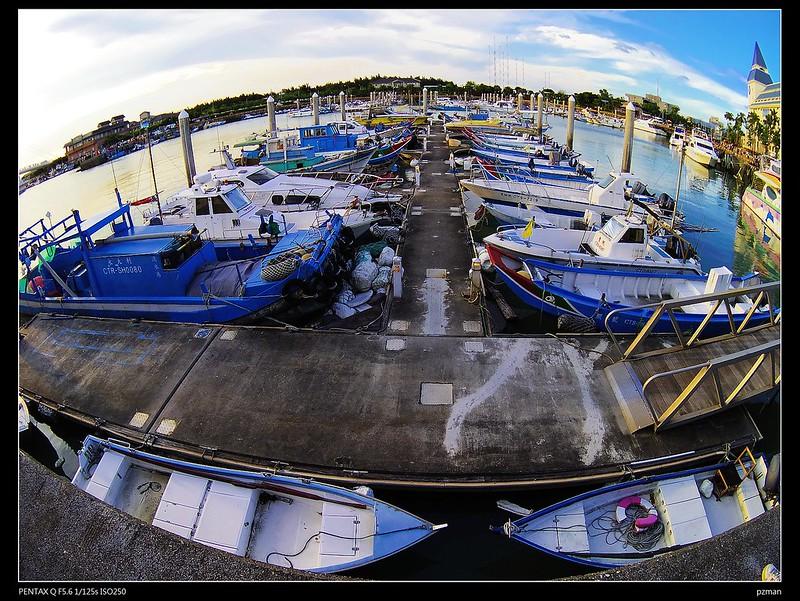 魚眼拍景會讓人上癮!淡水漁人碼頭~( Q+03 FISH EYE 3.2mm/F5.6)