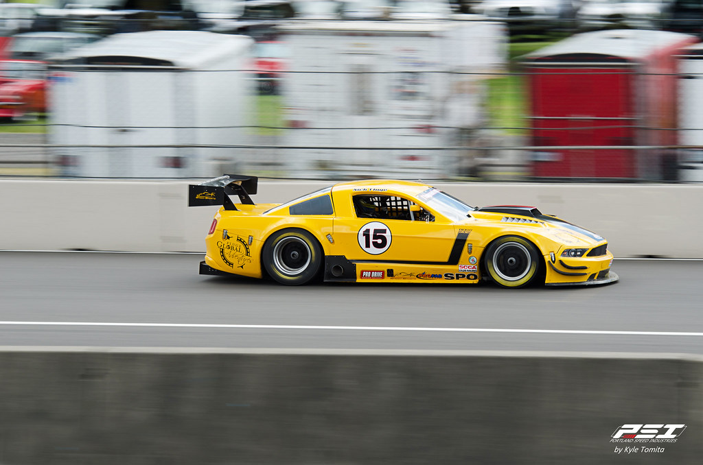 Rose Cup Race 2012 - Nick Fludge - Ford Mustang - Panning