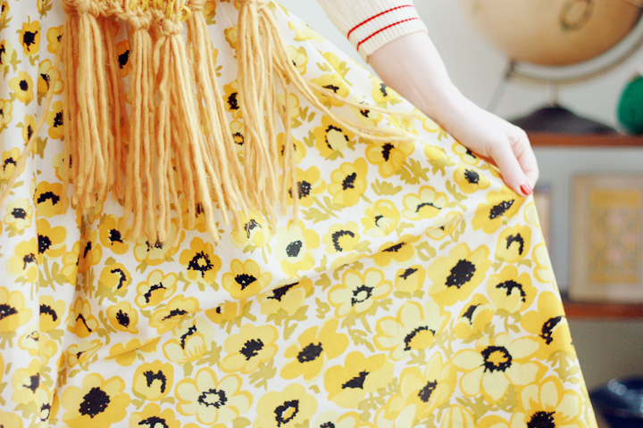 yellow flowers d