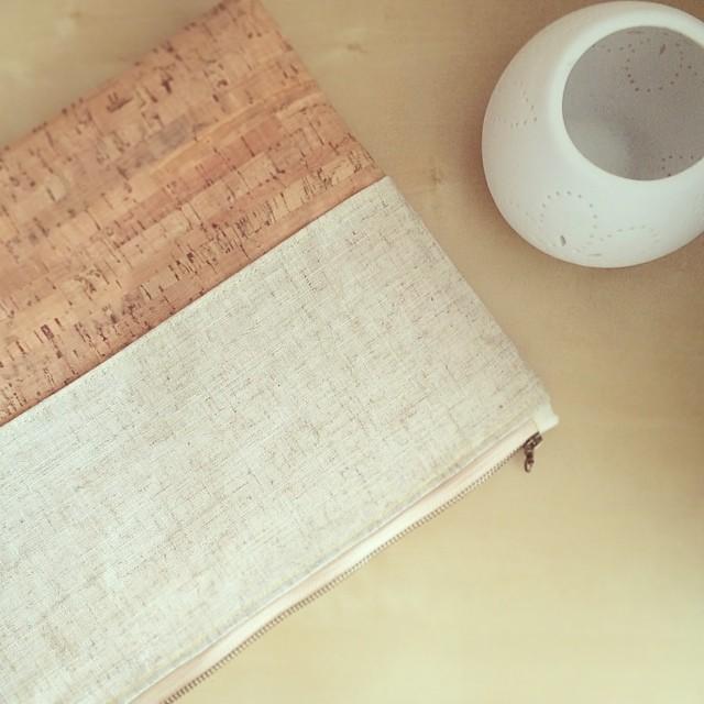 Clutch personalizado de corcho, lino y algodón orgánico