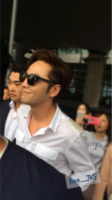 [Pics-2] JKS returned from Beijing to Seoul_20140427 14031932242_276ae3ae31_z