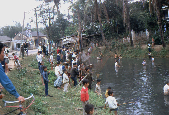 VIETNAM 1972 - People & Scenes