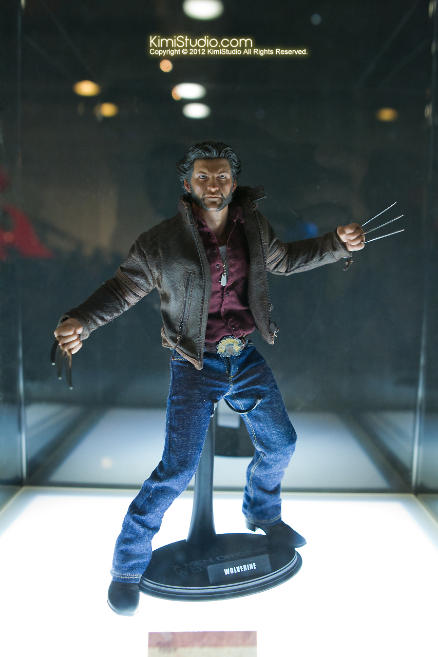 2011.11.12 HOT TOYS-031