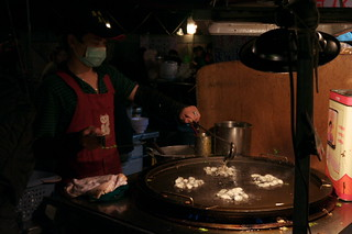 Wanhua Night Market 華西街/廣州街 - 牱仔煎