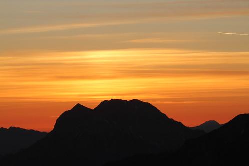 """sun mountain berg clouds sunrise canon eos dawn austria österreich am wolken 7d sumit sonne stein sonnenaufgang steiermark mandl morgenrot gipfel groser gesäuse buchstein rottenmann canoneos7d """"stein mandl"""""""
