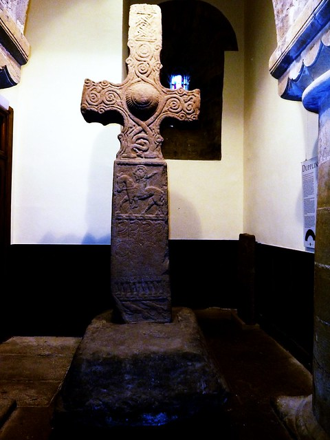 Dupplin Cross, Dunning