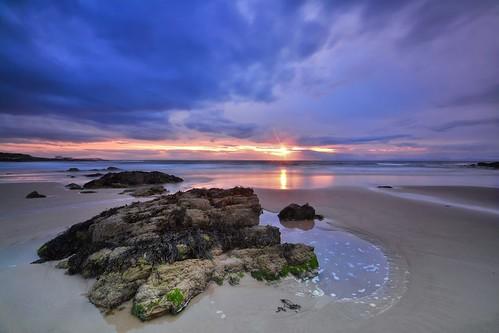 sunset beach scotland highlands sand nikon rocks scottish moray firth hopeman d3100