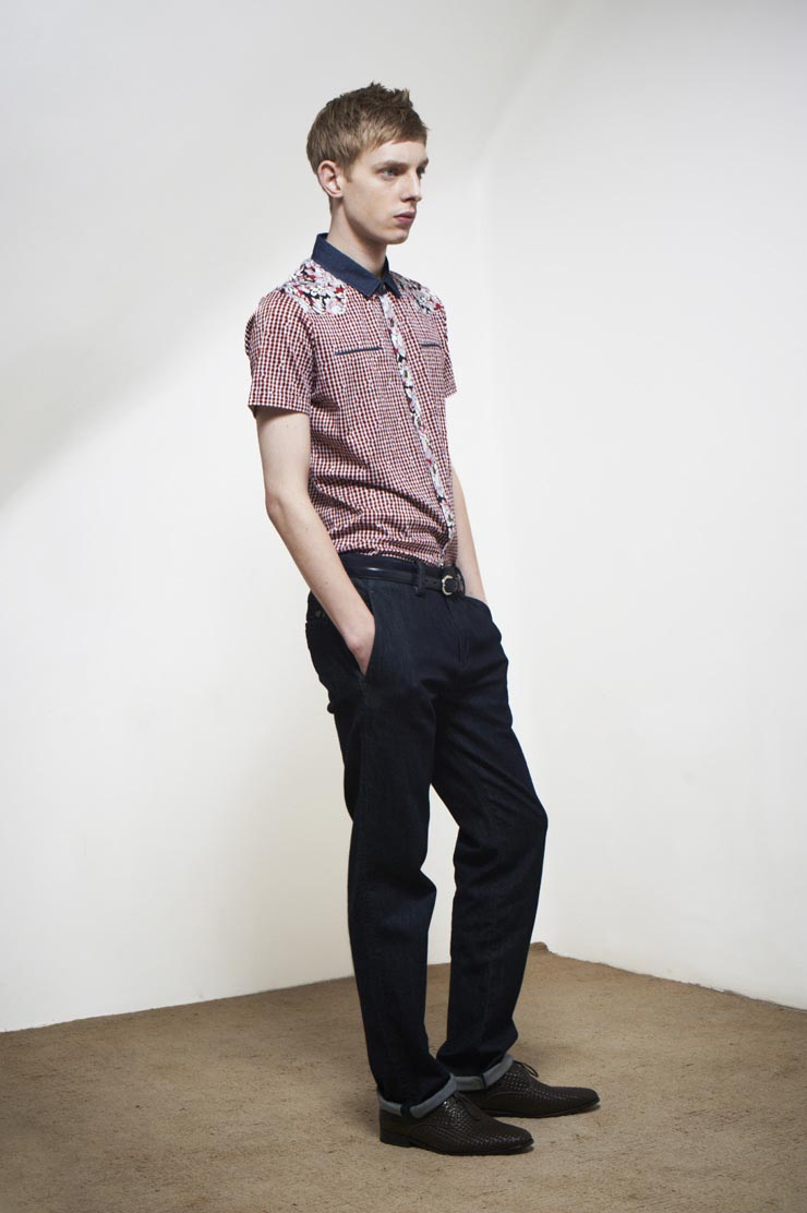 Thomas Penfound0210_Agcatton SS12(Official)