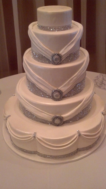 Rhinestone wedding cake 1187