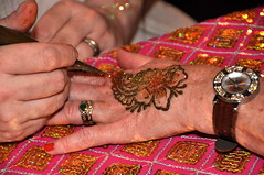 hand, finger, mehndi, nail, henna, pink,